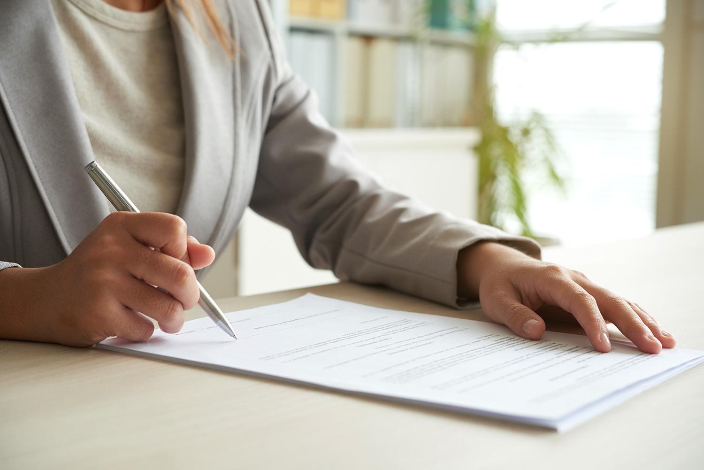 Gerne überprüfen wir Ihren Aufhebungsvertrag auch online oder geben Ihnen eine erste Einschätzung dazu.